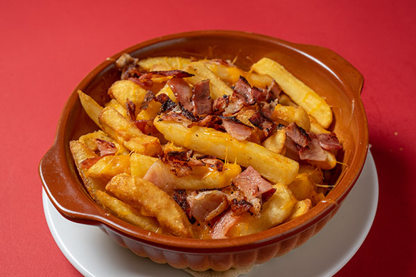 FRIED POTATOES WITH CHEDDAR & BACON